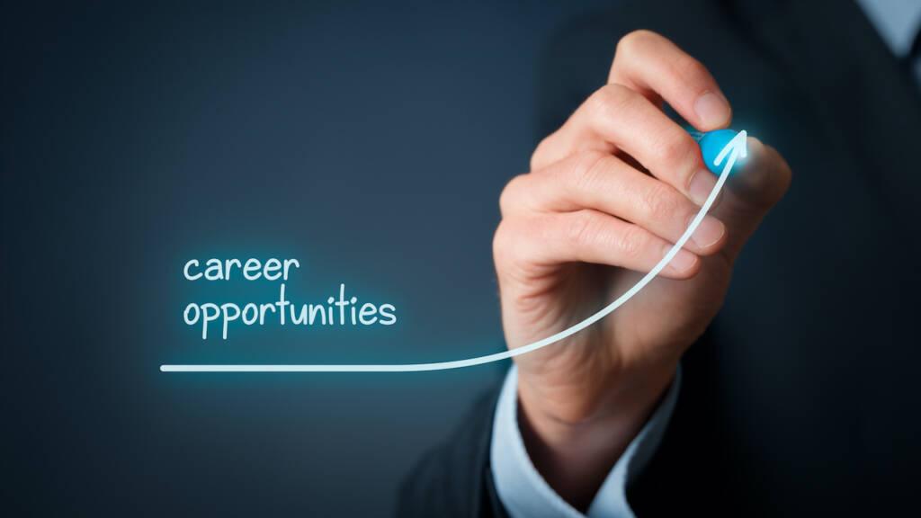 Comment prévenir les recruteurs que vous recherchez un nouveau job ?