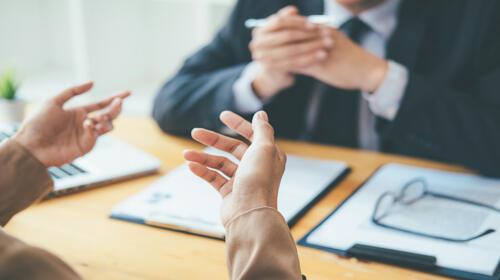 Comment se positionner face à un recruteur ?